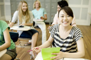 女性 勉強 留学 クラス