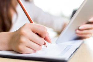 手 鉛筆 ノート 勉強
