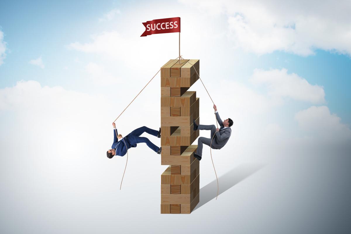 SUCCESS ブロック 昇る